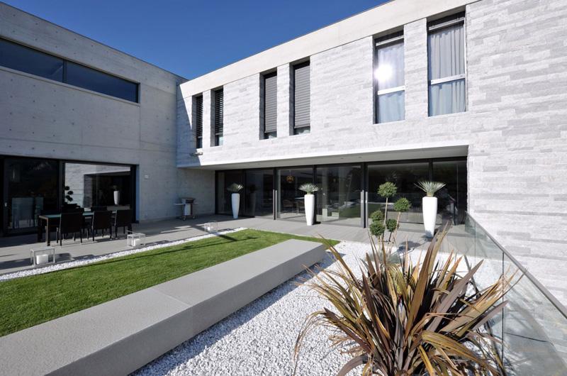 Villa Lugano Front Exterior 1