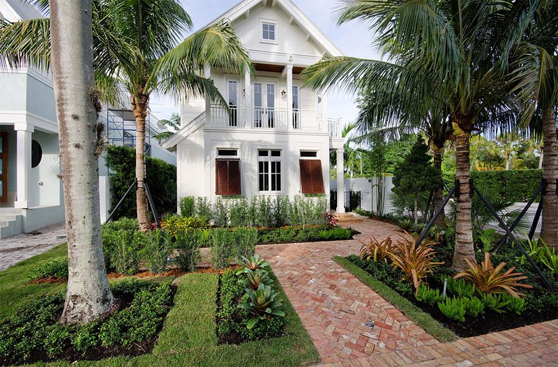 23 Landscape Ideas To Have A Good Appeal For Front Yard