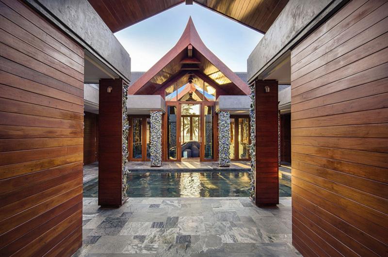 Collector's Villa Exterior 2