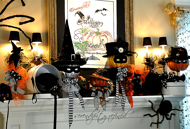 Halloween Mantel - Do you believe in Magic