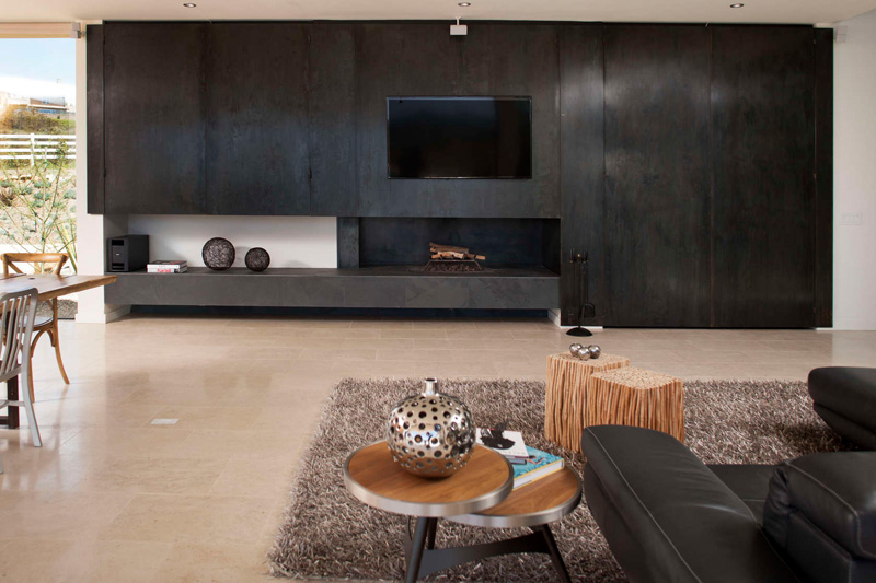 California House fireplace