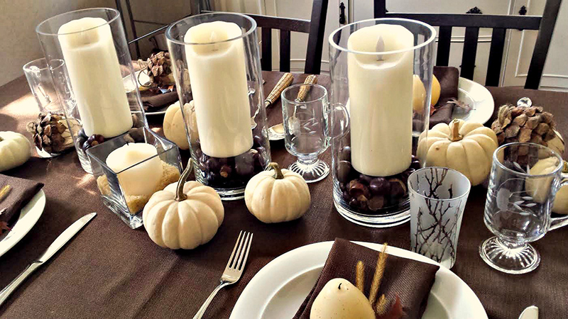 Thanksgiving table a great first impression