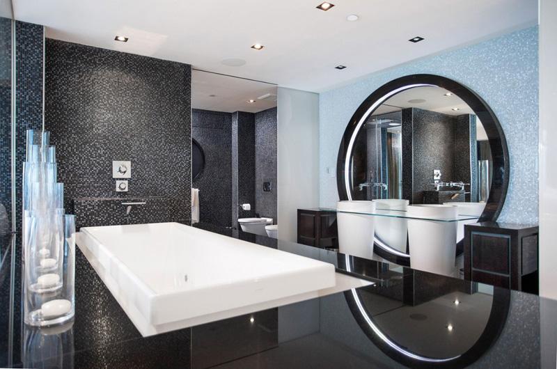Bentley Bays Penthouse Bathroom 2