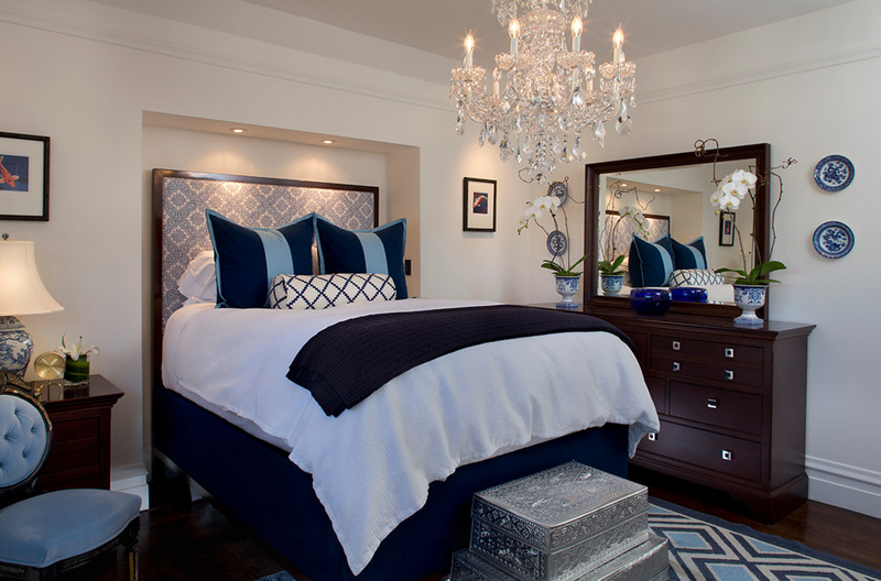 25 Contemporary Bedrooms with Stunning Crystal Chandeliers | Home ...