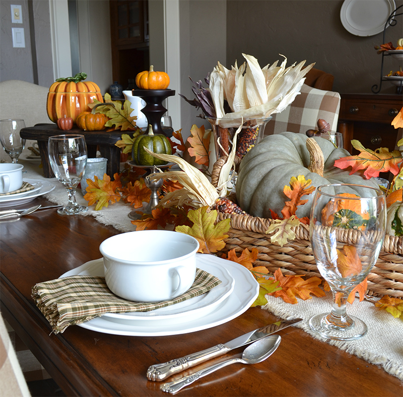 Pottery Inspired Fall Table