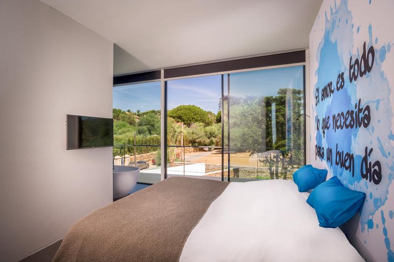 Cool Blue Villa bedroom