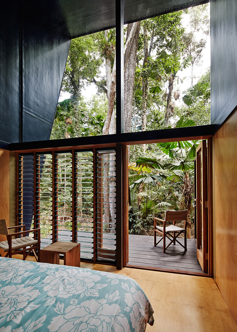 Cape Tribulation House bedroom