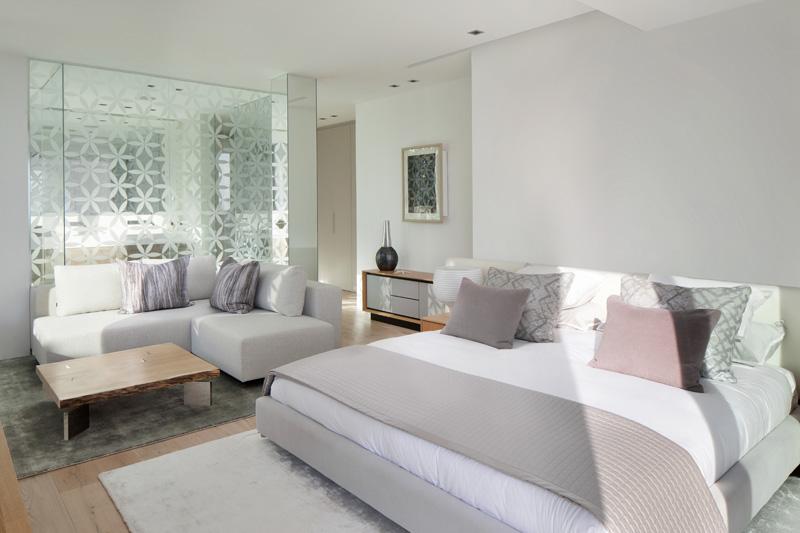Roca Llisa master bedroom