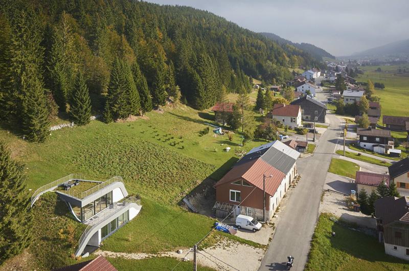 Casa Jura village