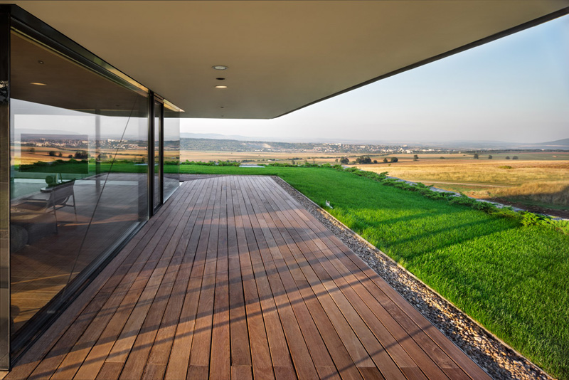 Observation house provides 360 views of its breathtaking for House plans with observation deck