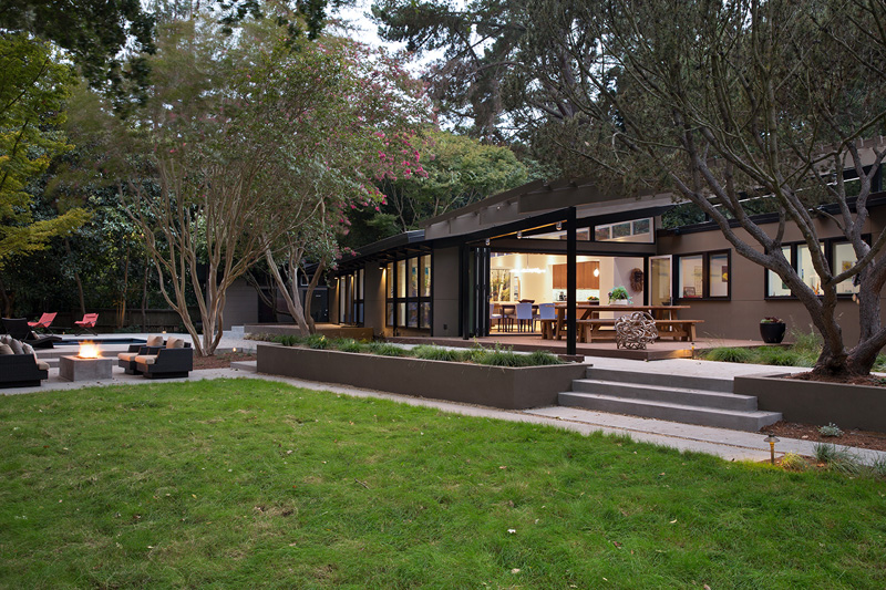 A Stunning Mid Century Modern Home In California