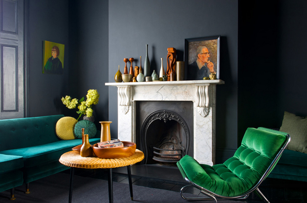 20 Gorgeous Black and Green Living Rooms