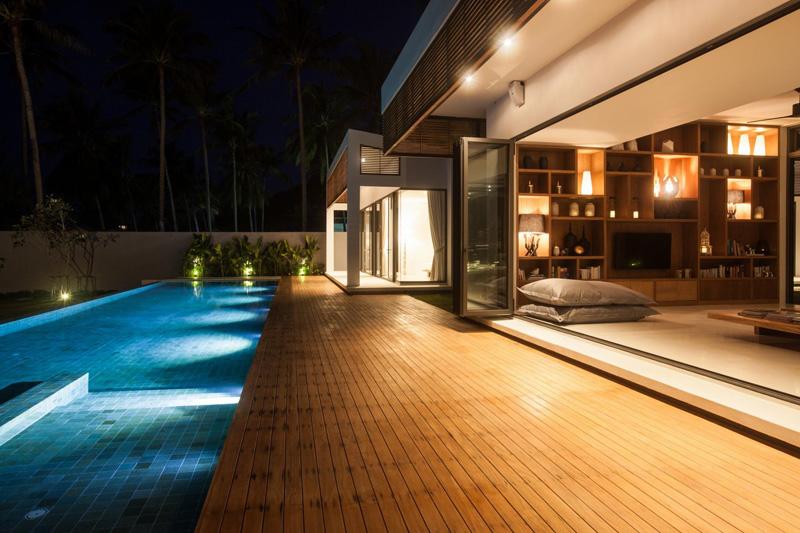 Malouna Villa pool lights