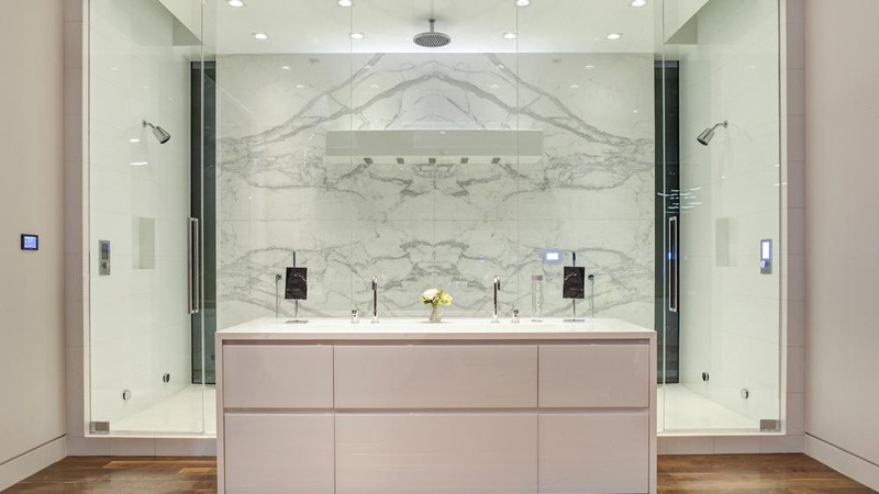 Hollywood Hills Home bath