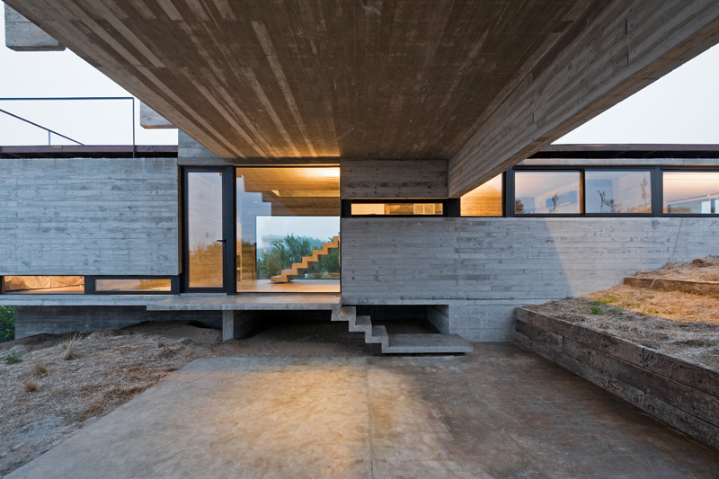 Golf House concrete
