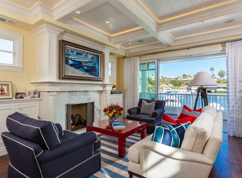 20 Beautiful Living Rooms With Blue Red And White Accents Home Design Lover