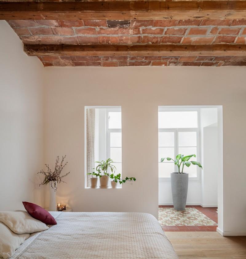 Barcelona Apartment sunroom