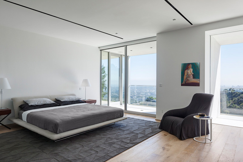 Los Angeles Contemporary House bedroom