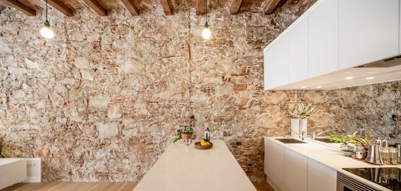 Barcelona Apartment white