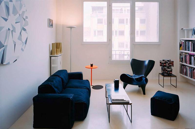 Valentin Apartment hanging cube