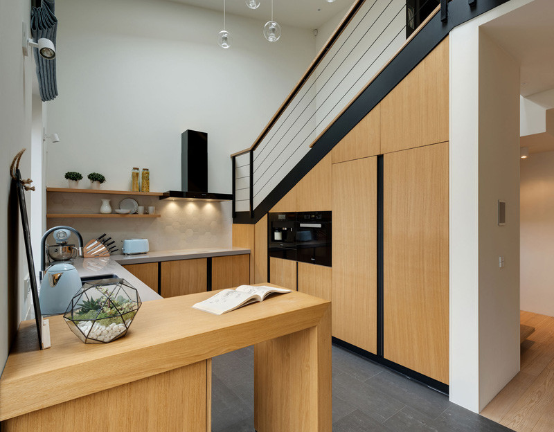 Apartment Slide kitchen