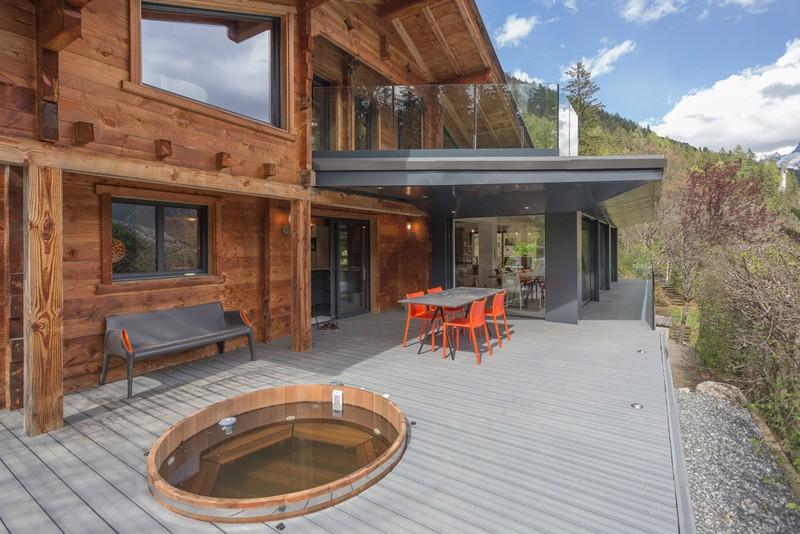 Chalet France House deck