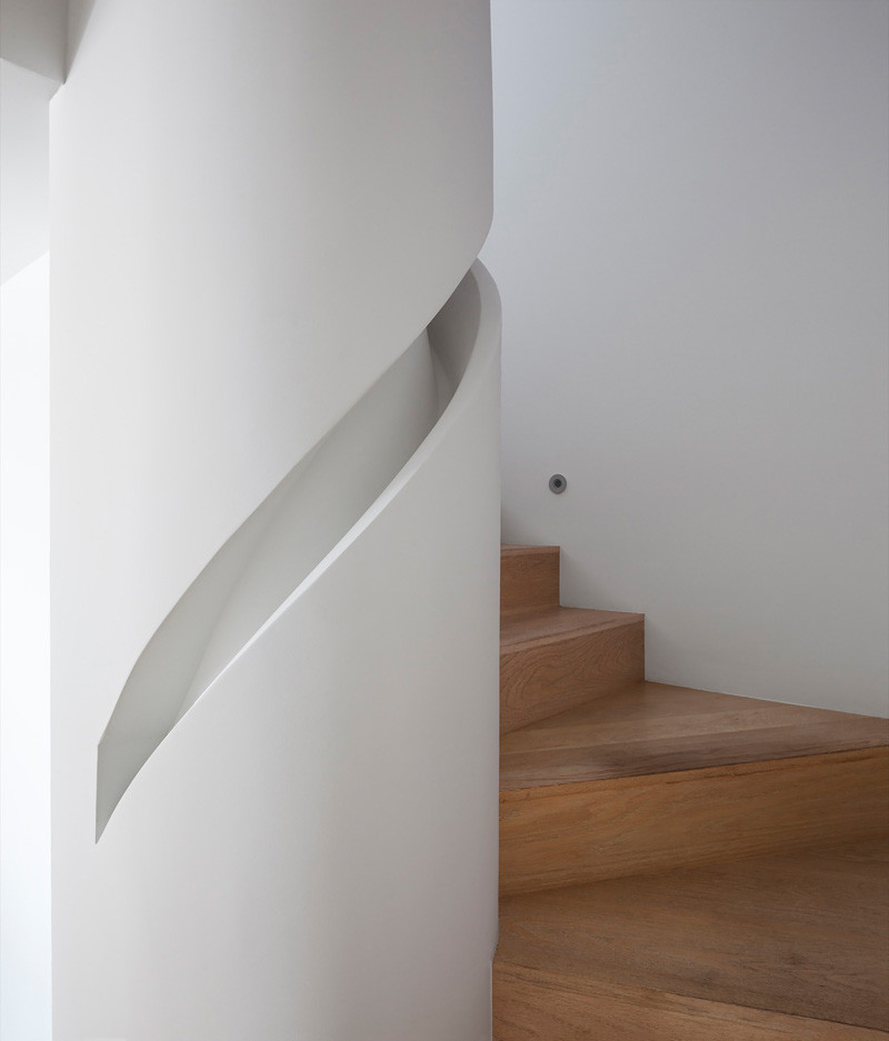 Los Angeles Contemporary House stairs