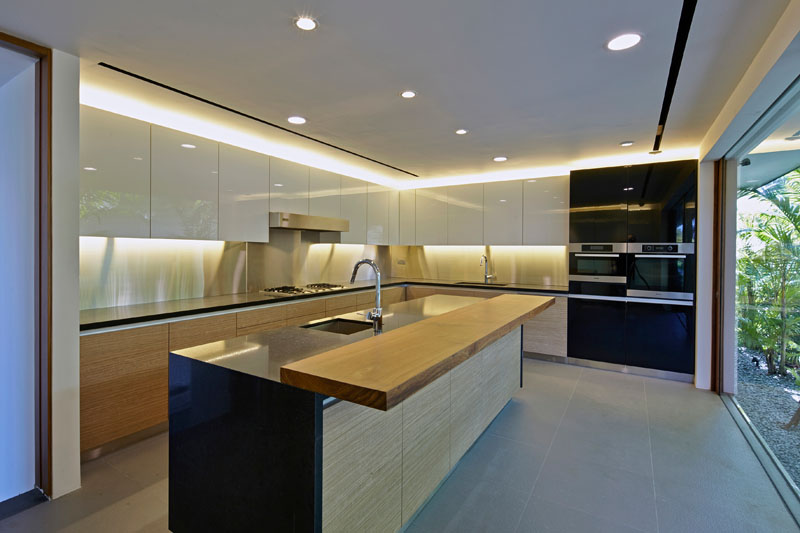 Home in Sentosa Cove Kitchen