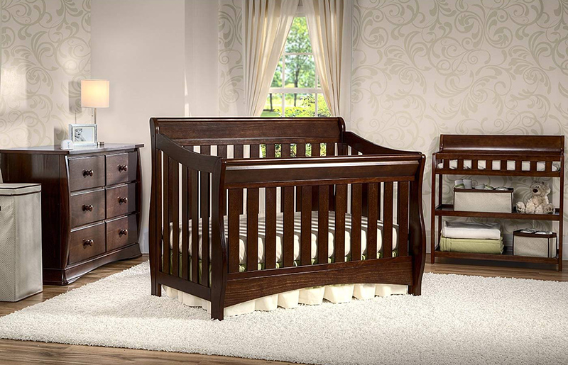 Delta Bentley 'S' Series 4-in-1 Crib in Chocolate