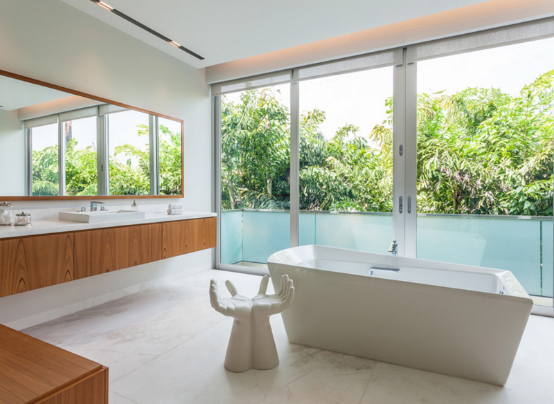 Astounding 20 Pretty White Chairs In The Bathroom Home Design Lover Caraccident5 Cool Chair Designs And Ideas Caraccident5Info
