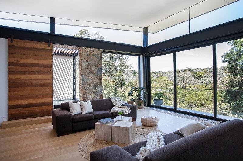 Yarra River House windows