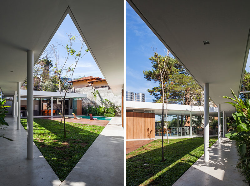 Central Courtyard House path