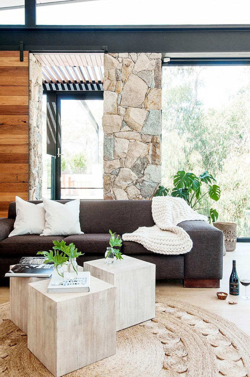 Yarra River House living