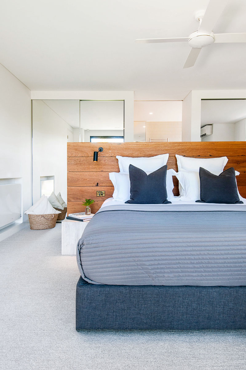 Yarra River House bedroom