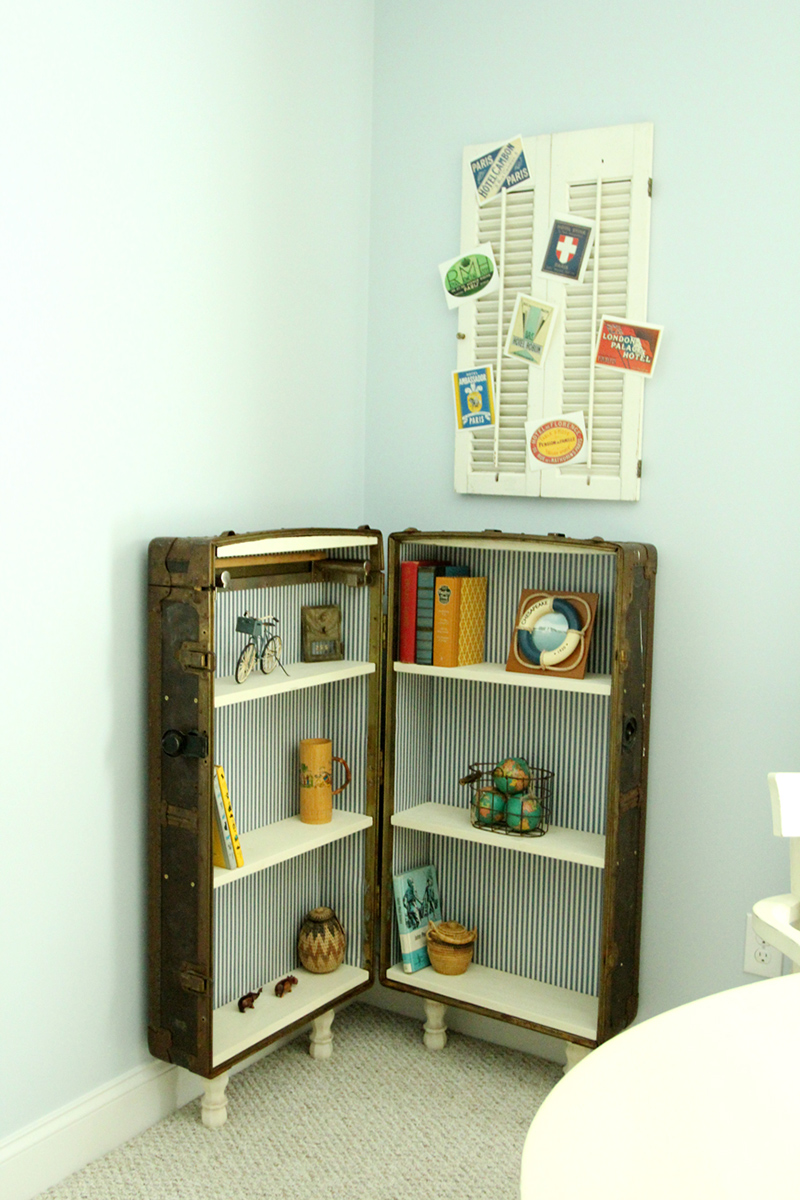 How Eduardo the Antique Trunk Became a Bookshelf