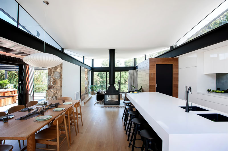 Yarra River House