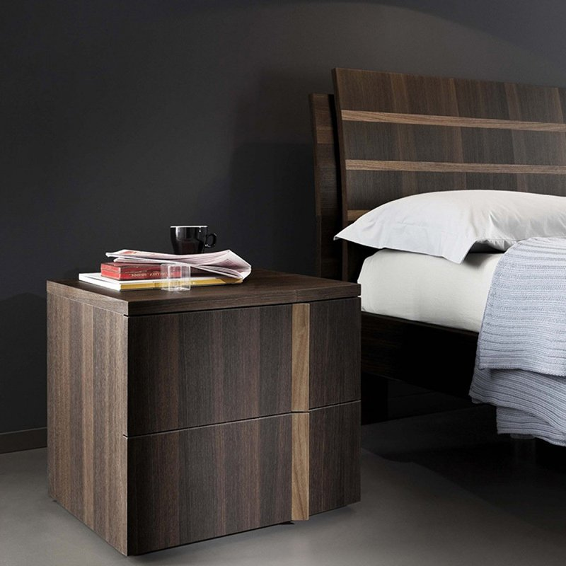 Tratto Nightstand