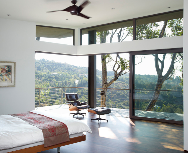 Mandeville Canyon Residence