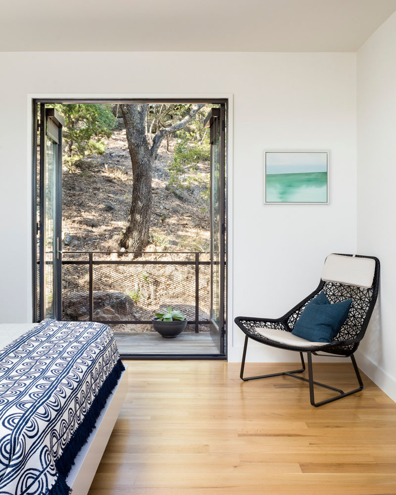 Blue Lake Retreat bedroom