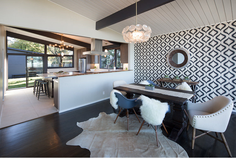 22 Gorgeous Cowhide Rugs In The Dining Room Home Design