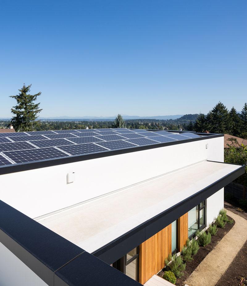 Ash House Porland solar panels