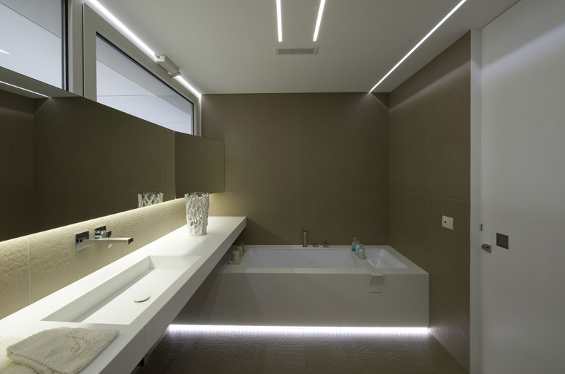 Casa NL NF Bathroom