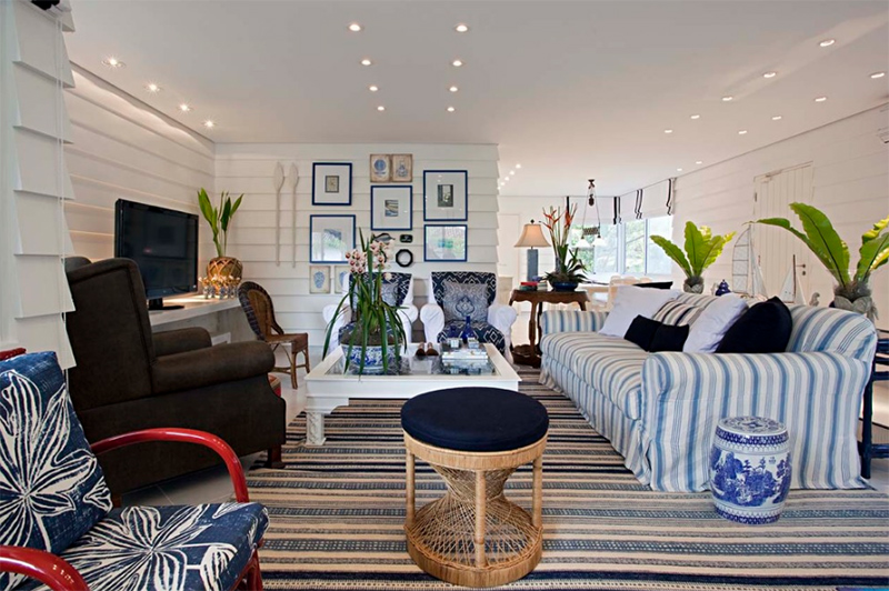 22 Beach Themed Home Decor In The Living Room