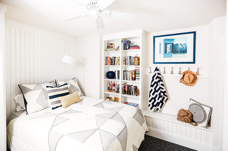 22 Stunning And Neat White Condo Bedrooms Home Design Lover