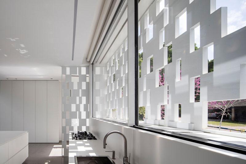 Indoor/Outdoor Living Space kitchen