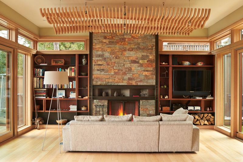 Deschute House living room