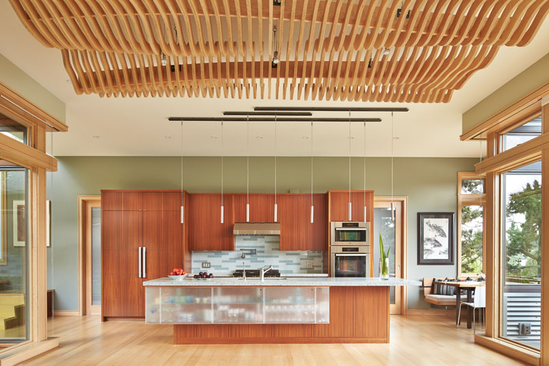 Deschutes River House Kitchen
