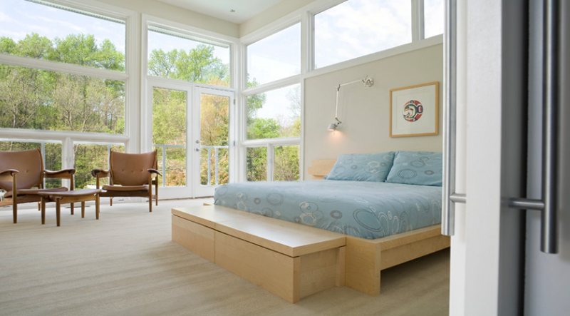 23 Cool Storage Bench in the Bedroom