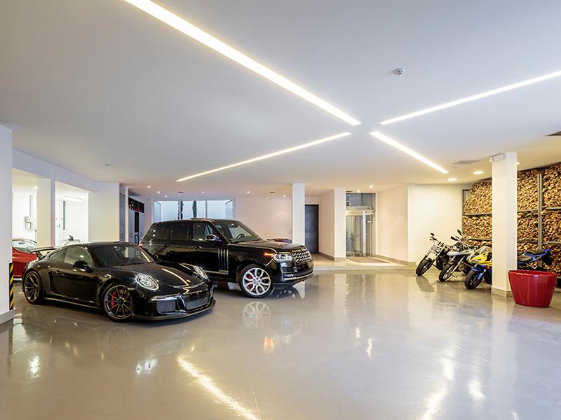 cumbaya residence garage