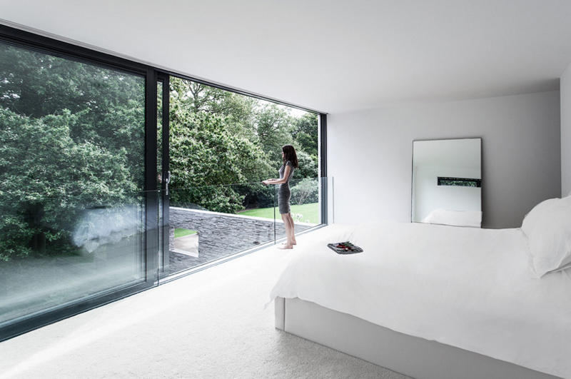 22 Gorgeous Bedrooms with Glass Sliding Doors | Home Design Lover